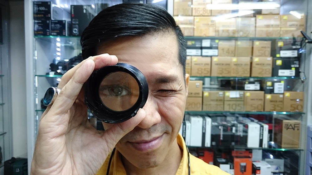 Lens Cleaning Singapore
